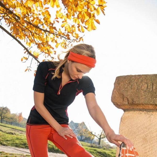 kurzes LAUFSHIRT mit KRAGEN slim fit - Bio Sportkleidung für Damen